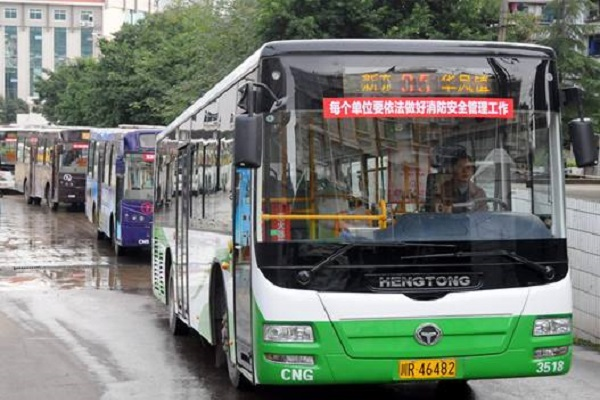 南充广告投哪里?南充最引人注目的公交广告资源盘点