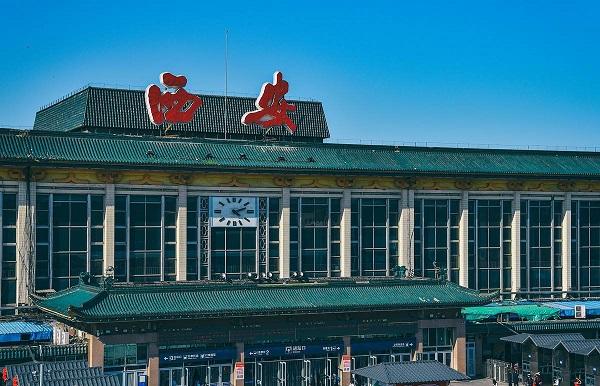 西安火车站广告位推荐及广告投放优势  