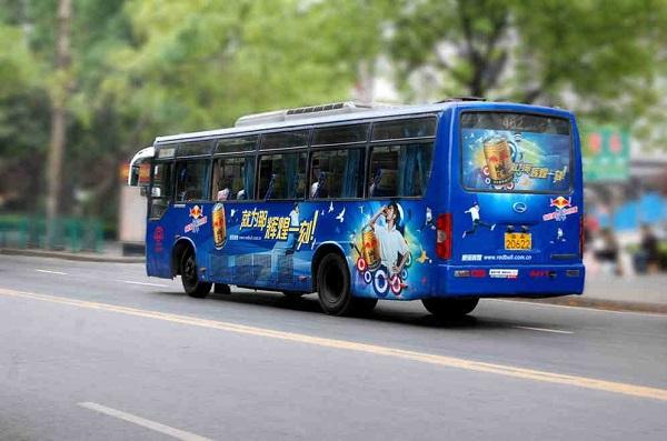 【公交广告】公交车身媒体形式_广告投放策略