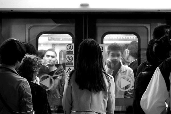 成都地铁广告投放_成都地铁广告受众人群分析