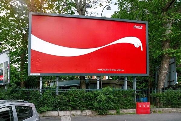 可口可乐创意户外广告案例:没有浪费的世界