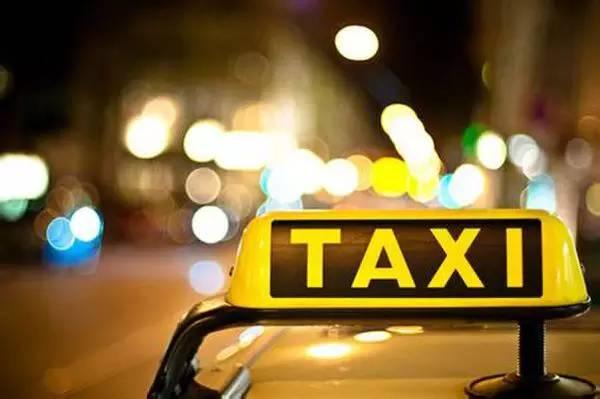 有关成都出租车广告的资源优势分析