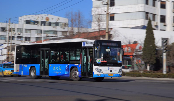 山东省日照市公交车车体广告