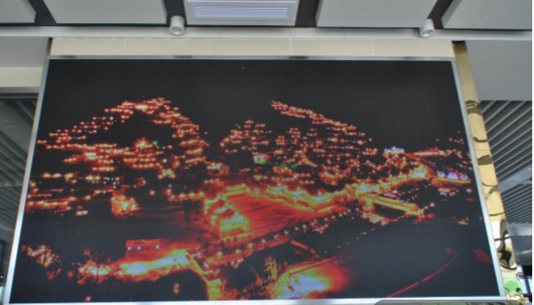 黔南州都匀客运总站候车室LED广告-易播网