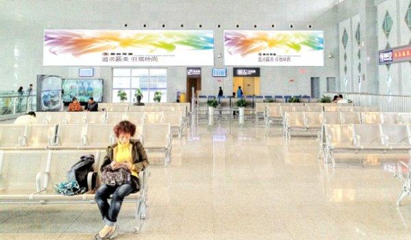 广元市高铁站一层候车厅西南端(GA02)灯箱广告位